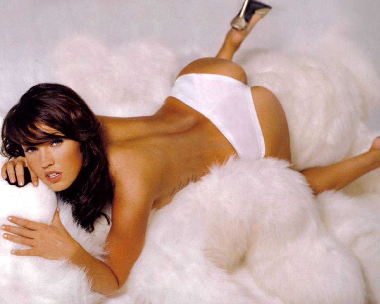 Megan Fox nude ass que tu aimes vraiment ça ????