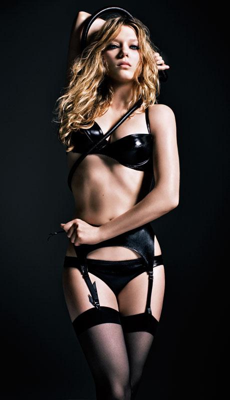 lea-seydoux-sexy-lingerie